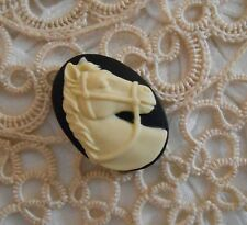 ~Vintage Cameo~Horse Button~Molded Resin~25x18mm~Cream over Black~>^..^< Rescue