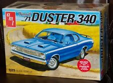 AMT 1118 1971 Plymouth Duster 340 2 in 1 plastic model kit 1/25