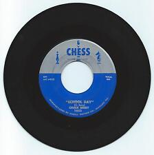 ROCK & ROLL 45 CHUCK BERRY SCHOOL DAY ON CHESS  STRONG VG  REPRO