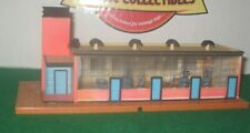 TYCO HO Scale Lighted Factory Built Up Trackside Structure