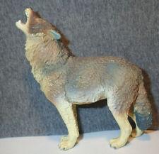 Safari Vanishing Wild Timber Wolf Toy Model - 1990. Good size to 00004000  go w/Breyer.