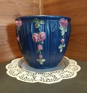 "VINTAGE WELLER POTTERY 7.5"" BLUE DRAPERY PLANTER/JARDINIERE WITH RED ROSES"