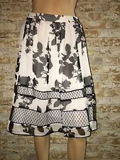 Adriana Papell Skirt Gathered Black White Floral Lace Size 8 NWT