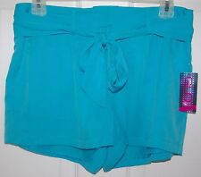 NWT Women's GLO Jeans Pleated Belted Buttersoft Silk-Like Carrie Shorts Sz 7 NEW