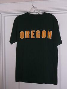 Oregon Ducks Green Tee Cotton Short Sleeve Medium NWOT