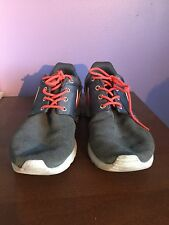 women nike roshe grey running shoes size 5.5