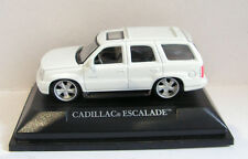 ROAD SIGNATURE (YATMING) CADILLAC ESCALADE SCALE 1:72 BOXED WHITE