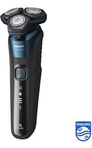 Philips Shaver Series 5000 Dry and Wet Electric Shaver (Model S5579/50) SkinIQ
