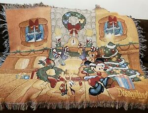 Walt Disney World Mickey Mouse Throw Blanket Tapestry Wall Hanging 58x52