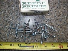 "VINTAGE #8 1-3/4"" FLAT HEAD SLOTTED STEEL WOOD SCREWS ZINC CHROMATE 25 PCS."