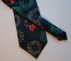Vintage Mens Christmas Snowman Silk Tie Necktie Wembley Made in USA Red Musical Jingle Bells Santa