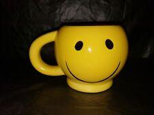 YELLOW RETRO SMILEY FACE COFFEE MUG EUC