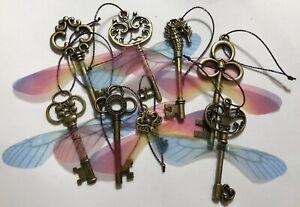 Flying Key Decorations Set of 8 - Christmas Bauble Harry Potter Magic Hogwarts