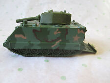 1983 Mattel Hot Wheels Army Battle Tank Drop-Down Tailgate with Soldiers #4920