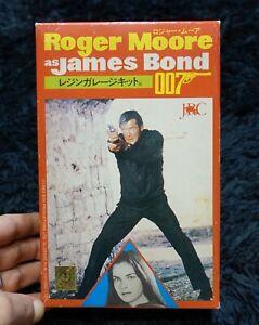 007 JAMES BOND ROGER MOORE  RESIN MODEL KIT