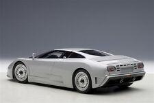 1/18 Autoart Bugatti EB110 GT 1991 ARGENT + GRATUIT 1/18 vitrine en plus