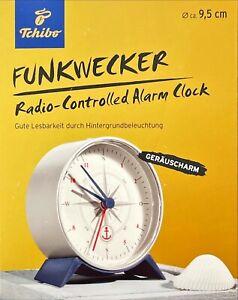TCM Tchibo Funk Wecker Funkwecker mit Beleuchtung Geräuscharm ansteigender Ton