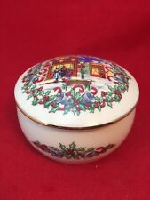 Porcelain 1992 Heritage House Music Box -Melodies of Christmas-Silver Bells