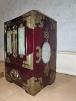 ANCIENNE BOITE A BIJOUX CHINE EN BOIS ET JADE LAITON CISELÉ. chinese jewelry box