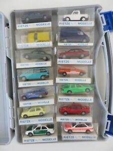 Rietze Autokoffer mit 14 Modellen