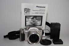 LUMIX PANASONIC DMC-FZ1 DIGITAL CAMERA