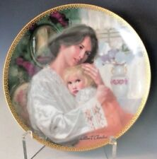"""Knowles Plate # 2913 A - """"Mother s Here"""" Handpainted by William Chambers- Gilt"""