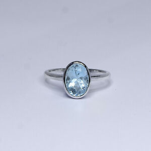 Oval Cut 2.0 ct Aquamarine Ring in White Gold