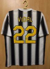 JUVENTUS ITALY 2011/2012 HOME FOOTBALL SHIRT JERSEY MAGLIA ARTURO VIDAL #22