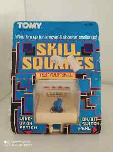 RARE VINTAGE  TOMY SKILL SQUARES WIND UP SHOOTIN' GALLERY 1983 NOC