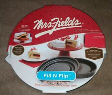 Mrs. Fields Bakeware Innovations Non-stick coating Round cake pan w/cake cutter