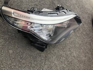 2008-2010 BMW E60 E61 Halogen headlight 528i 535i Genuine OEM Lamp Light Right