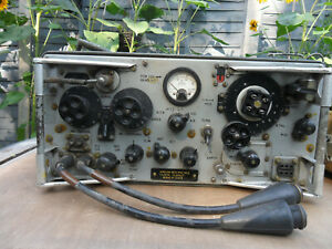 military ww2 wireless set No 62 mark 2 with headphones and power lead & cover