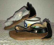 Girls Toddler Lucky Top Sandals Size 10 NWOT Black Gold Thong Style Ankle Strap