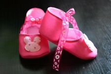 Fuchsia-Lucy baby shoes-for babies from 0 to 9 months,100% hand made, super soft