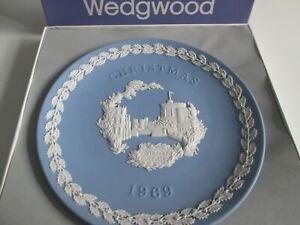 WEDGWOOD BLUE JASPERWARE  1969 CHRISTMAS PLATE -WINDSOR CASTLE