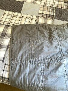 Pillowfort Twin Plaid Patchwork Double Sided Quilt - Solid Gray/White Striped