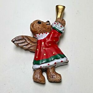 Bear Christmas Angel Playing Horn Plastic Button, Lamode Concord House Series