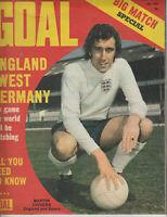 GOAL Football Magazine 29 April 1972 - RANGERS Double Page Team Photo
