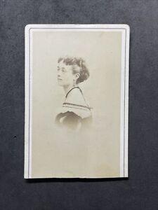 Victorian Carte De Visite CDV: Pretty Lady Named Pollie Russell 1868 : Disderi