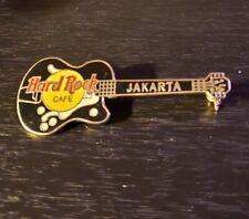 Alembic bass gtr Pin Level 42 Hard Rock Cafe 1998 Jakarta small green Mark King