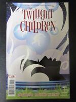 The Twilight Children #2 - Vertigo Comics # 8D34