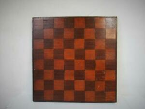 ANTIQUE OR VINTAGE CHESS BOARD 37 cm SQUARES OF 44 mm NO CHESS PIECES