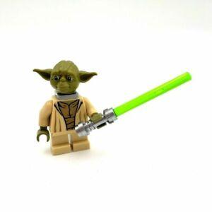 Lego Star Wars Minifigure Yoda Jedi With Neck Bracket & Lightsaber 75017 **New**