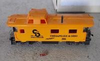 Vintage HO Scale Chesapeake & Ohio C&O 724 Caboose Car