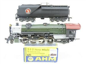 HO Scale AHM 5089-10 GN Great Northern 2-8-2 Steam Locomotive w/ Tender #3385