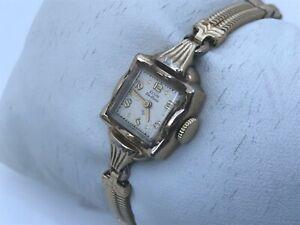 Vintage Watch Elgin Deluxe Women Watch Hand Winding 10k Gold Filled Rare