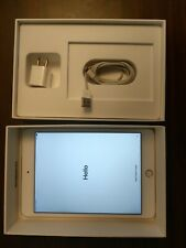 Apple iPad 4th Gen. 128GB, Wi-Fi, 9.7in - White (CA) Rose Gold Back