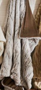 "NEW Soft Surroundings Chocolate Arctic Fox Faux Fur Throw Blanket 50"" x 70"""