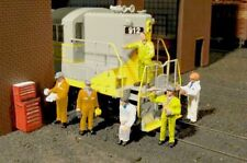New  HO SCALE Bachmann  6 Mechanics & Tool Box Scene Scapes