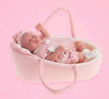 "16"" BABY GIRL CHILDS LIFELIKE DOLL NOT A REBORN HAS A CARRY COT & DUMMY GIFT BOX"